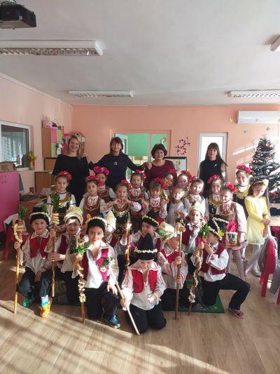 """""""Коледуване"""" - ПГ6 група """"Калинка"""" - Изображение 1"""