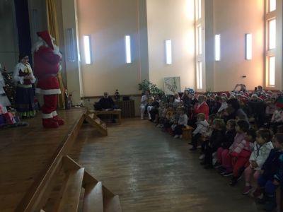 """Коледен театър - """"Баба Коледа, спасява Коледа"""" - Изображение 3"""